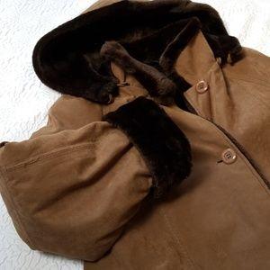 Jackets & Blazers - Utex Women's faux fur Brown long coat